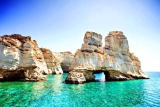 milos-island-beaches-villa-