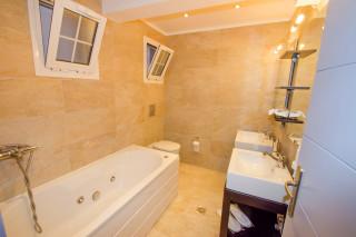 milos villa sosanna apartment bathroom