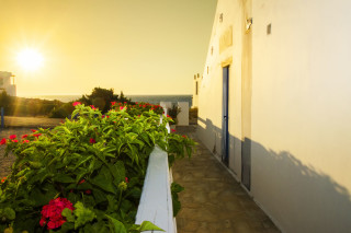 milos villa sosanna apartments with sea view