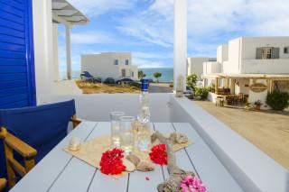 milos villa sosanna balcony (3)