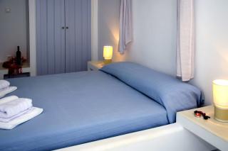 milos villa sosanna bedroom